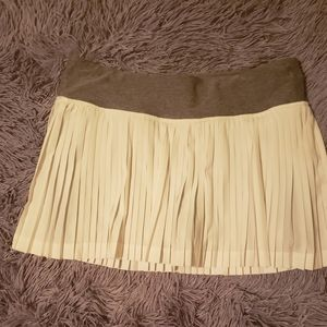 Lulu pleated skirt